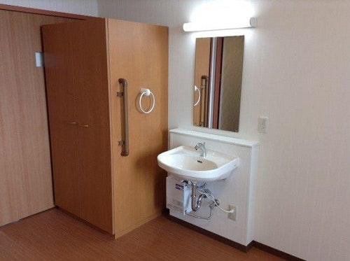 居室洗面台・収納スペース ウェルライフヴィラ新さっぽろ(サービス付き高齢者向け住宅(サ高住))の画像