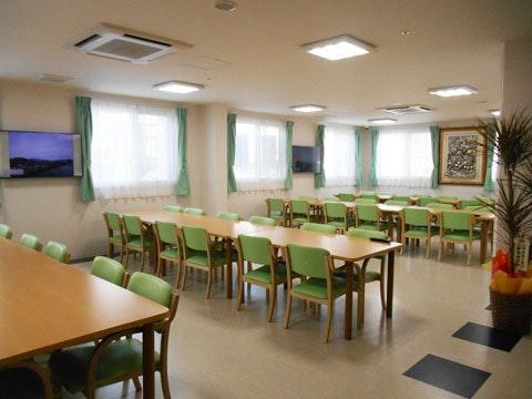 食堂 朝日ケアホーム新川(サービス付き高齢者向け住宅(サ高住))の画像