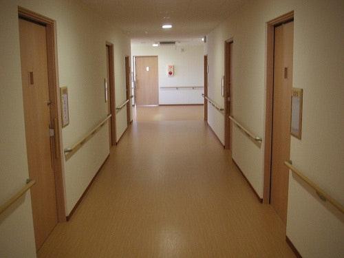 廊下 ウェルライフヴィラ岩切(サービス付き高齢者向け住宅(サ高住))の画像