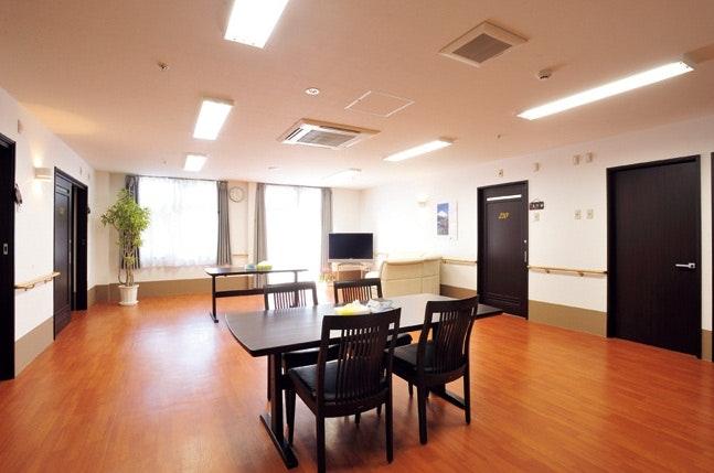 共有リビング・キッチン ナーシングホームあい(サービス付き高齢者向け住宅[特定施設])の画像