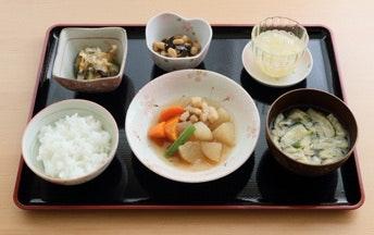 食事の一例 咲楽パークス日高(住宅型有料老人ホーム)の画像