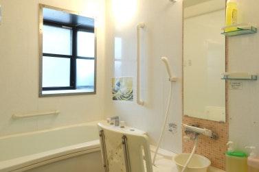 浴室 スマイリングホーム メディス北越谷(有料老人ホーム[特定施設])の画像