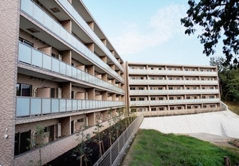 リリィパワーズレジデンス上大岡(サービス付き高齢者向け住宅)の写真