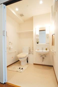 多機能トイレ ネクサスコート多摩川桜並木(有料老人ホーム[特定施設])の画像