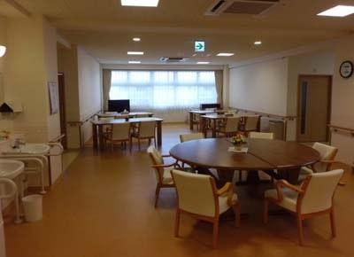 リビング ハートフルケア長岡美沢しなの館(有料老人ホーム[特定施設])の画像