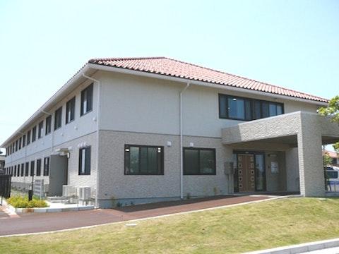 ニチイケアセンター燕(介護付き有料老人ホーム)の写真