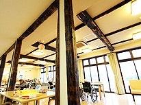 古民家で使われていた柱 ウェルハート加治川の里(有料老人ホーム[特定施設])の画像