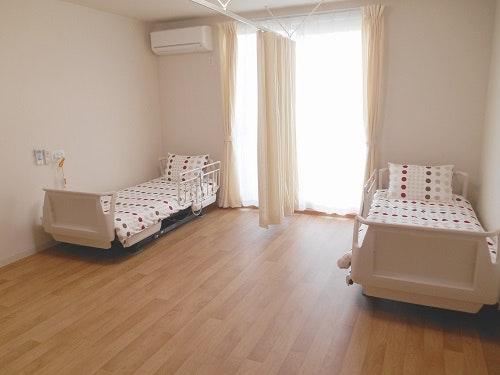 居室(2人部屋) グレイス富士(住宅型有料老人ホーム)の画像