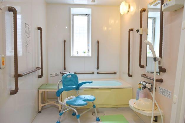 廊下 アプリシェイト伏見(住宅型有料老人ホーム)の画像