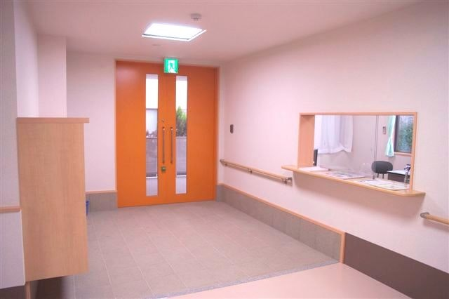 エントランス 新緑 平野(サービス付き高齢者向け住宅(サ高住))の画像