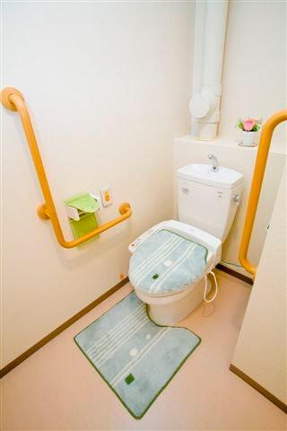 居室トイレ 心結(サービス付き高齢者向け住宅(サ高住))の画像