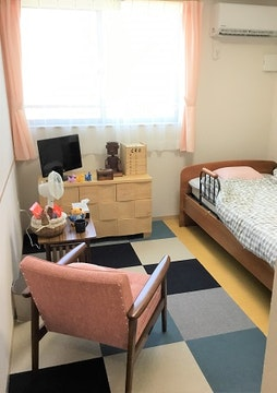 ロイヤルケア 向陽 中之島(サービス付き高齢者向け住宅)の写真