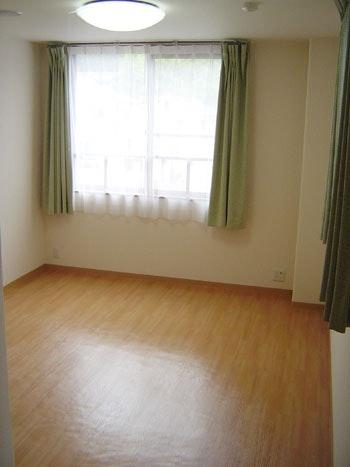 居室 ニチイケアセンター周南久米(有料老人ホーム[特定施設])の画像