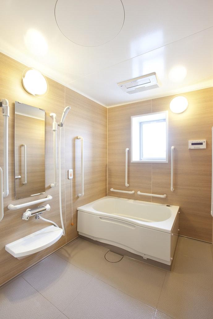 一般浴槽(イメージ) アルファリビング鹿児島上之園(住宅型有料老人ホーム)の画像