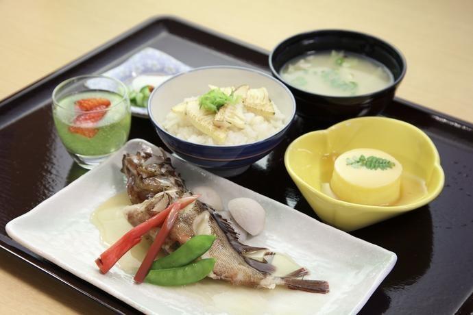 お食事 アルファリビング鹿児島東千石(住宅型有料老人ホーム)の画像